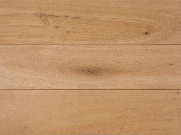Heart of Gold brown wood floor on horizontal panel