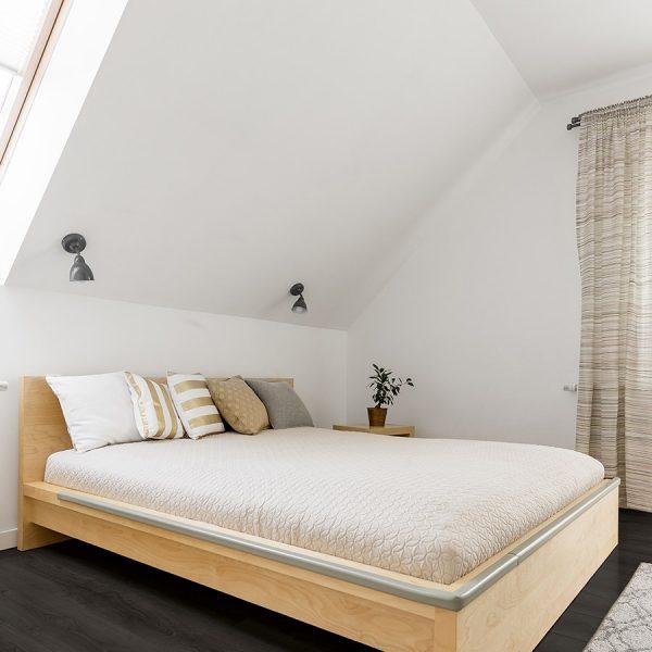 Grey Scale - Grey Rocks Bedroom