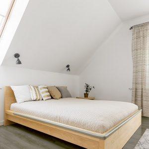 Grey Scale - Valeryn Bedroom