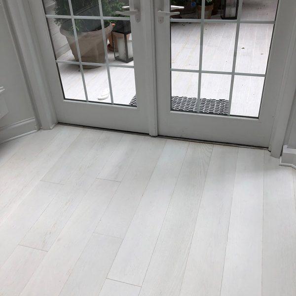 "Snowdrop on European Oak, Prime Grade, 5"" wide planks"