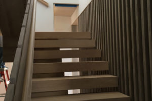 natural-wood-staircase-901