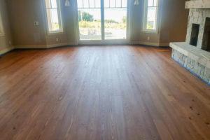 pine-wood-floor-501-grand-common-areas